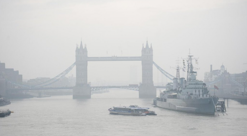 Погода: Лондон накроет облако пыли из Сахары