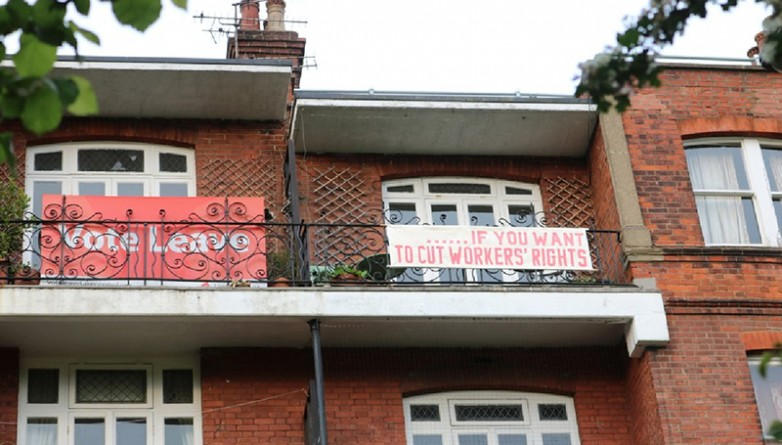 Общество: Brexit-битва на балконах