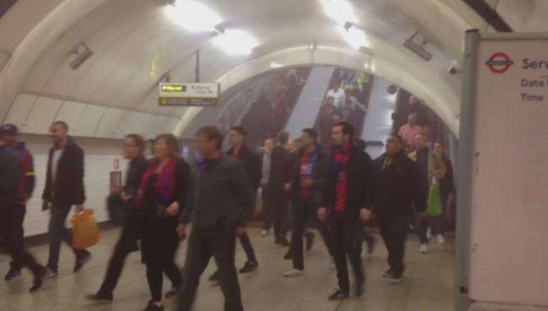 Происшествия: Станция Чаринг-Кросс была эвакуирована из-за дымовой бомбы