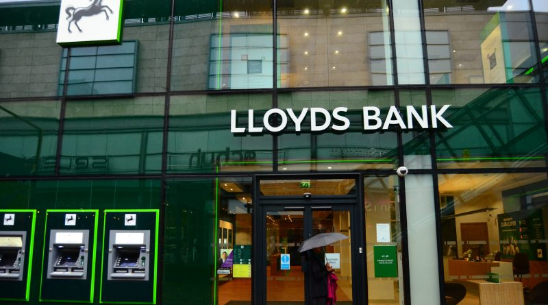 банк Lloyds