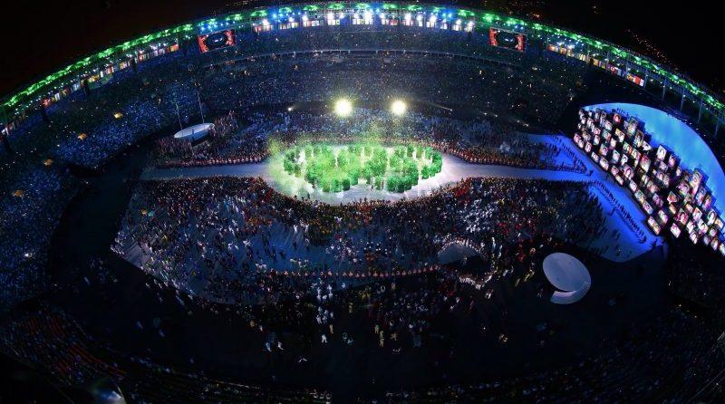 Онлайн Олимпийский очень напоминали