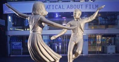 На этой неделе вы сможете станцевать с Райаном Гослингом и Эммой Стоун