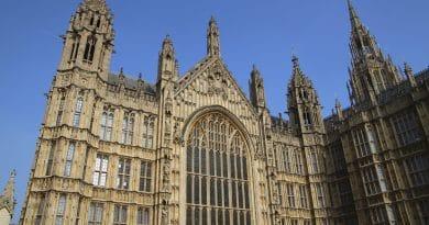 Многомиллиардный проект по ремонту Вестминстерского Дворца может стать еще дороже