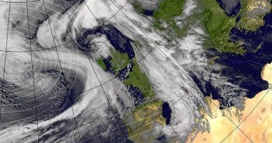 На Великобританию надвигается шторм Дорис