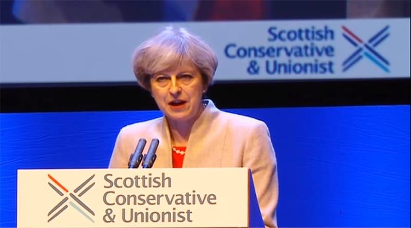 Политика: Тереза Мэй обещает не дать Шотландии отделиться