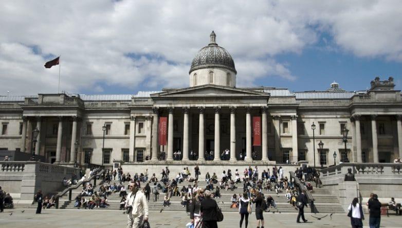 Искусство: Мужчина испортил знаменитое полотно Гейнсборо в National Gallery