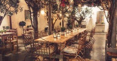 Хотите насладиться вкусным напитком под оливковыми деревьями? Тогда вам в the Olive Grove