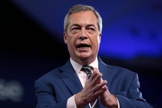 """Политика: Найджел Фараж: В лондонском теракте виноват """"мультикультурализм"""""""