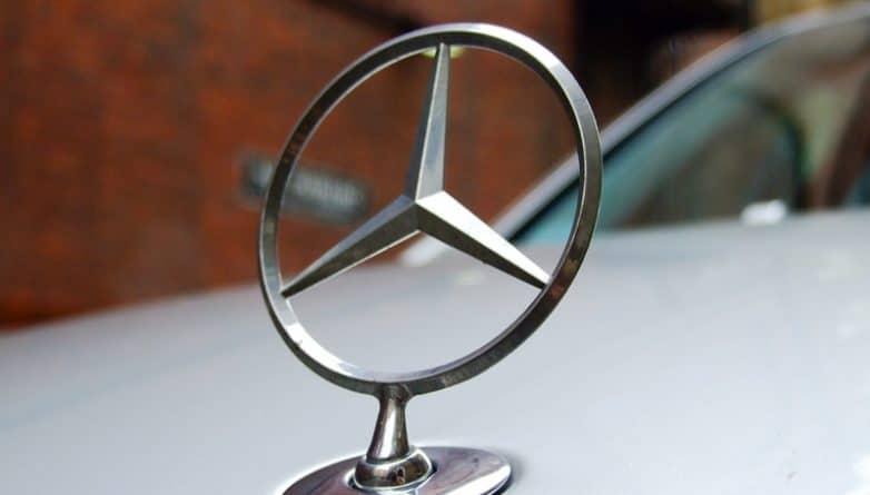 Бизнес и финансы: Mercedes отзывает 75 000 автомобилей в Соединенном Королевстве
