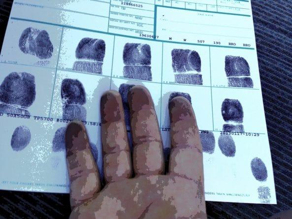 Закон и право: Отпечатки пальцев и фото: новые правила для британских граждан в ЕС