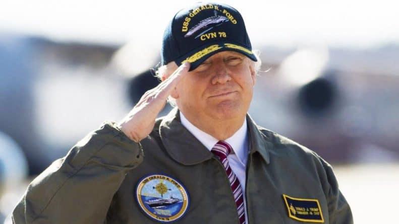 """В мире: """"Не служил"""": Ветераны против Трампа из-за военной формы"""