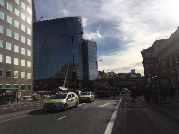 Происшествия: London Bridge эвакуирован из-за информации о найденной бомбе