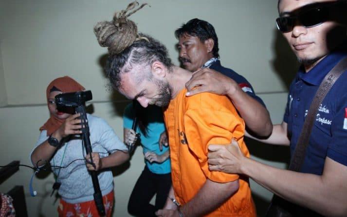 Происшествия: Британский диджей арестован на Бали за убийство полицейского