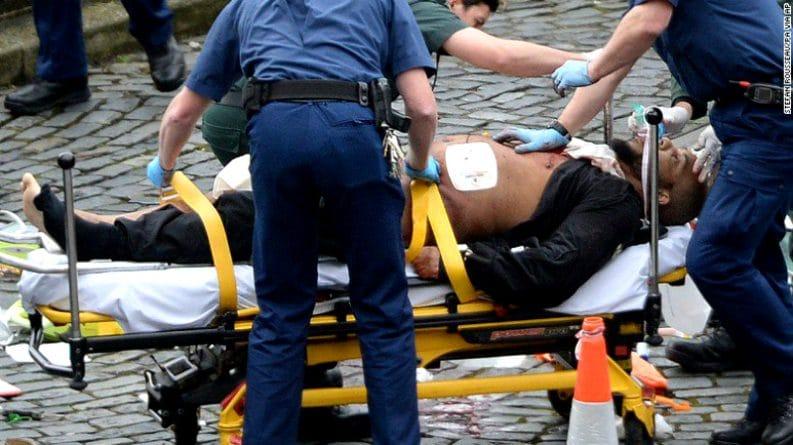 Происшествия: Скотленд-ярд назвал имя мужчины, совершившего теракт у британского парламента