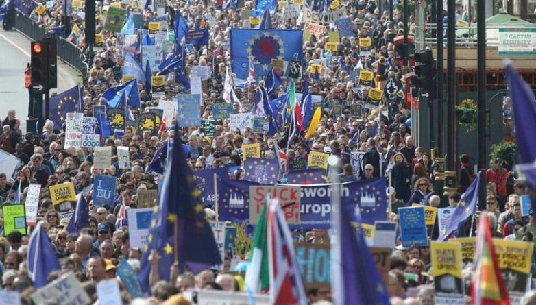 Общество: В Лондоне прошел марш the Unite for Europe против Brexit