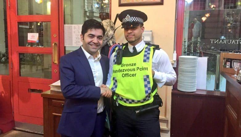 Общество: Владелец ресторана бесплатно кормил полицейских, когда они расследовали террористическую атаку в Вестминстере
