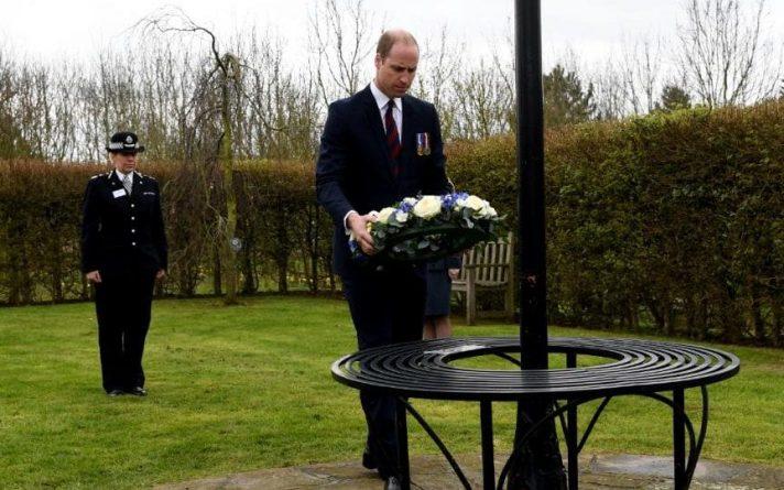 Общество: Принц Уильям почтил память полицейского Кита Палмера