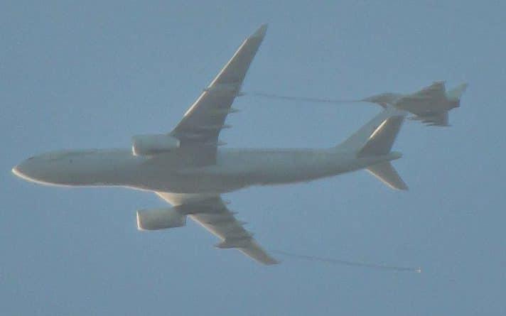 Происшествия: Истребители RAF перехватили частный самолет в небе над Бирмингемом