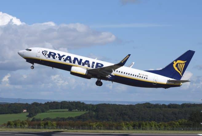 Путешествия: Бюджетные авиалинии грозятся уйти с британского рынка после Brexit
