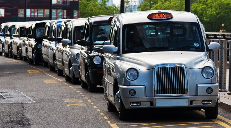 Общество: Член совета Гринвича: Нам дешево будет вызвать такси тем, кто смотрит наши трансляции
