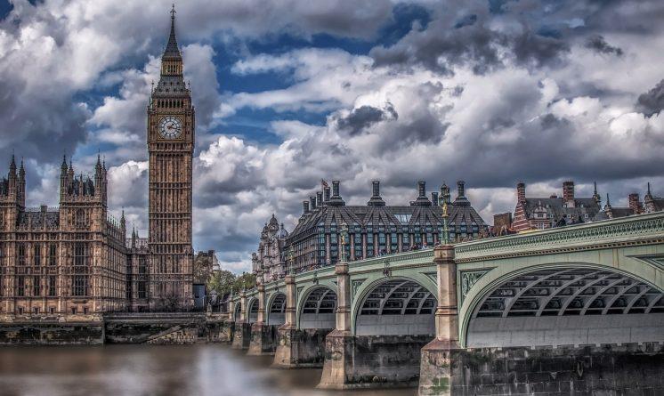 Бизнес и финансы: Лондон вышел из десятки самых дорогих городов мира