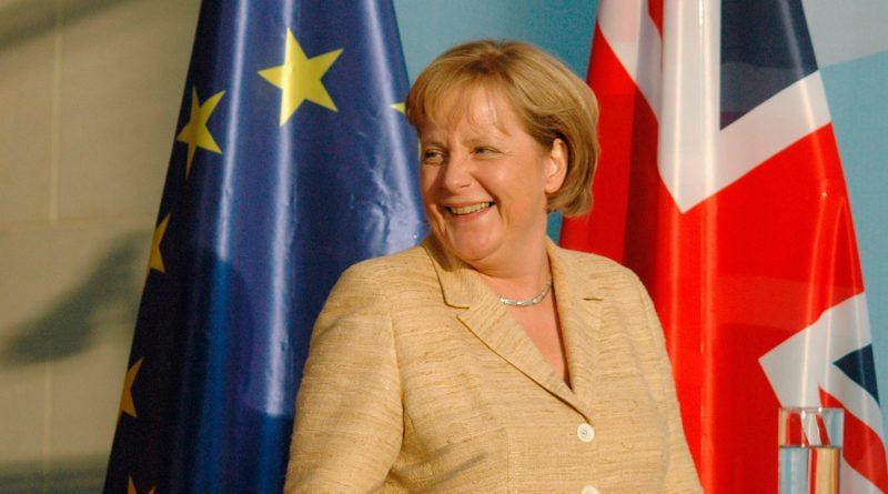 Политика: Меркель решила напугать Британию последствиями Brexit