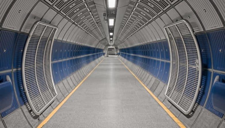 Общество: Работники метро проведут 24-часовую забастовку