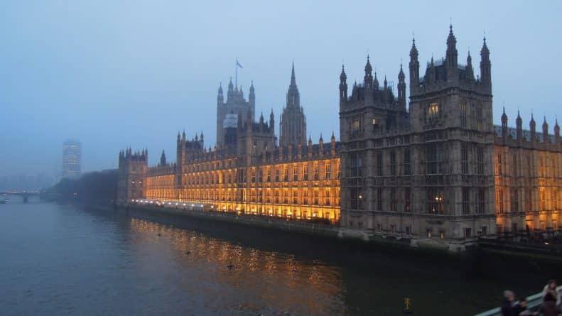 Общество: Власти Лондона примут ряд новых мер по борьбе с загрязнением воздуха