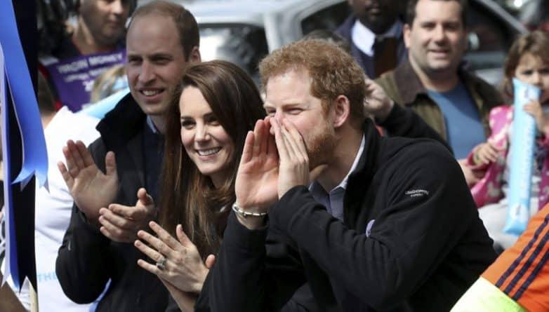 Общество: Кейт, Уильям и Гарри дали старт в знаменитой гонке