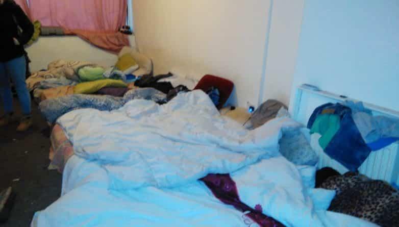 Общество: Сорок человек жили в трехкомнатной квартире в Лондоне