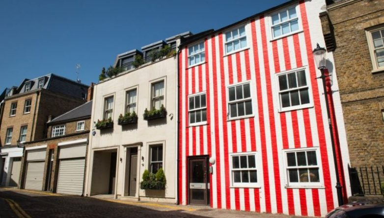 Недвижимость: Владелица «полосатого дома» в Kensington отстояла право на его оформление