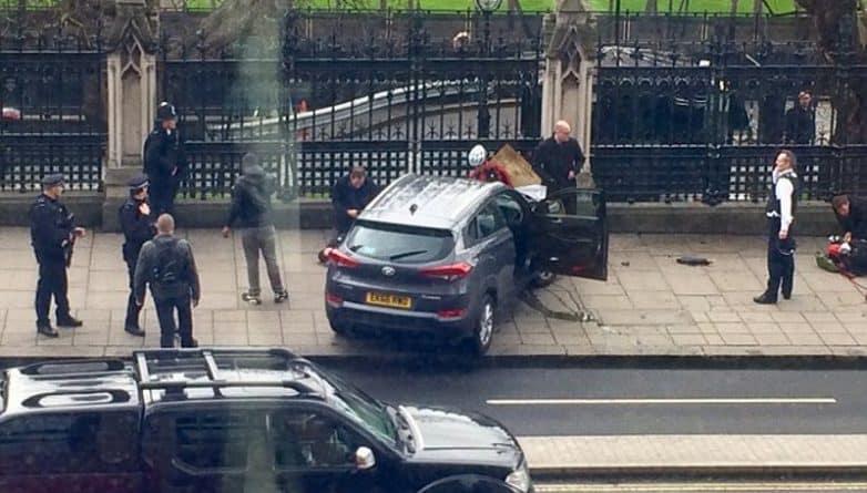 Общество: Всех арестованных в связи с терактом в Вестминстере, выпустили на свободу