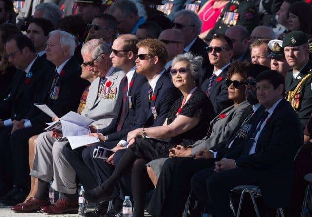 Общество: В годовщину битвы при Вими Ридж королевская семья почтила память погибших