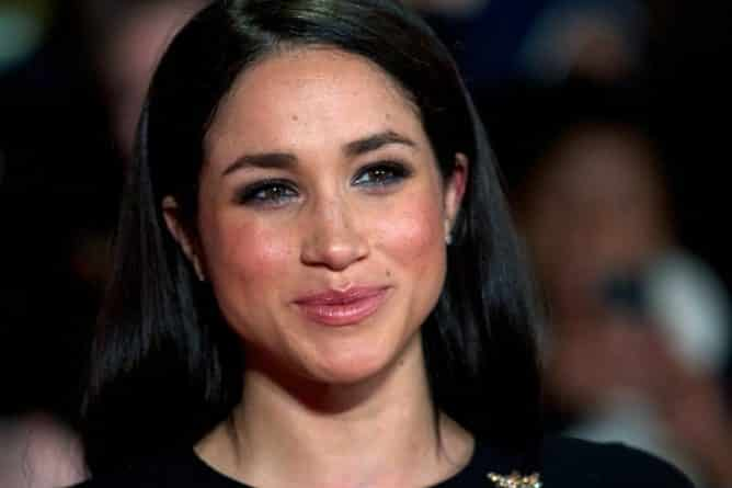 Знаменитости: Какой титул получит Меган Маркл в случае свадьбы с принцем Гарри?