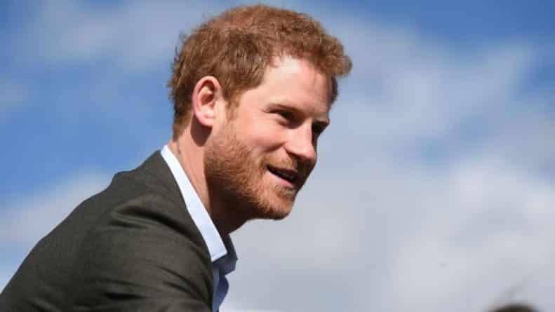 Знаменитости: Принц Гарри тайком улетел в Торонто на встречу с девушкой