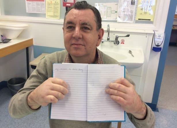 Здоровье и красота: Первый британец, которому трансплантировали обе руки уже может держать чашку и даже писать