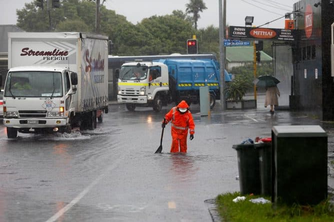 В мире: В Новой Зеландии бушует разрушительный циклон Кук