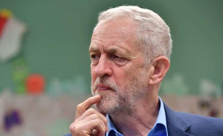 Общество: Лейбористы хотят ввести в Британии еще четыре праздника