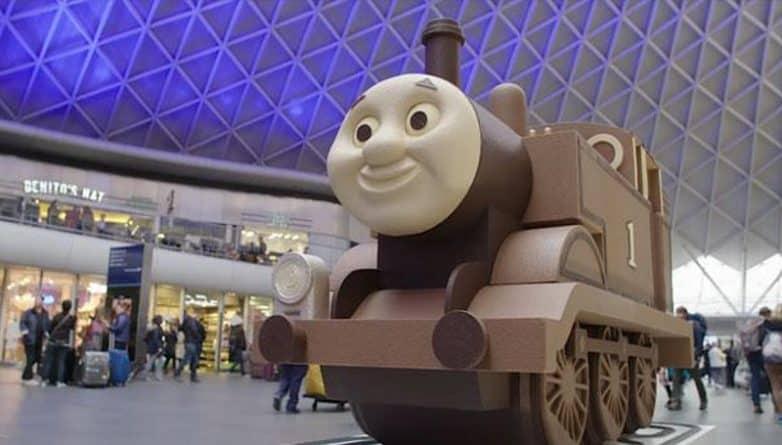 Досуг: На King's Cross прибыл шоколадный Паровозик Томас