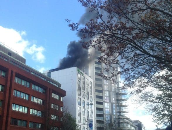 Происшествия: (Видео) В Лондоне загорелся недавно достроенный отель
