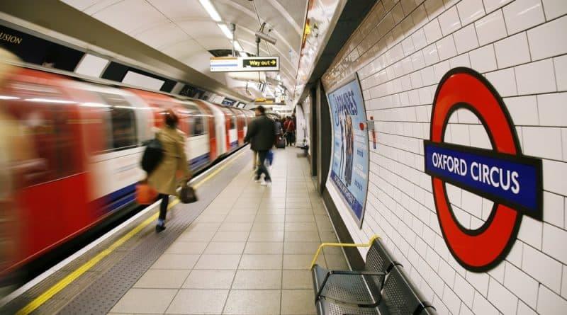 Происшествия: Две самые загруженные станции Лондона закрылись из-за подгоревших тостов