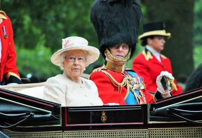 Знаменитости: Королева Елизавета II празднует свой 91-ый рождения