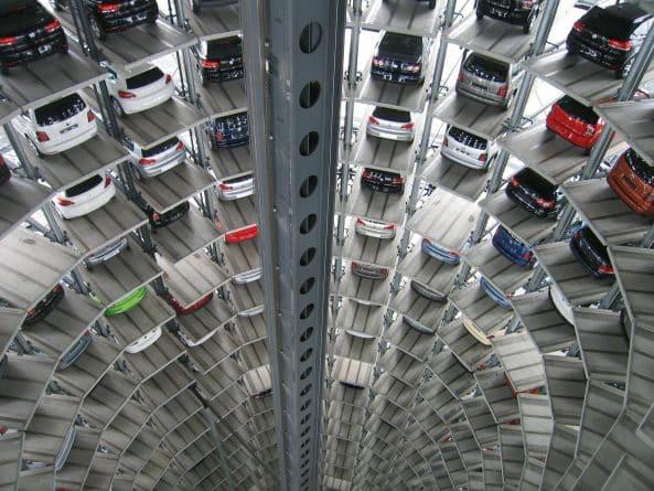 Бизнес и финансы: Продажи новых автомобилей в Британии достигли рекордного уровня