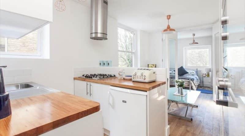 Недвижимость: Крохотная квартира в Лондоне продается за баснословные 300 тысяч фунтов