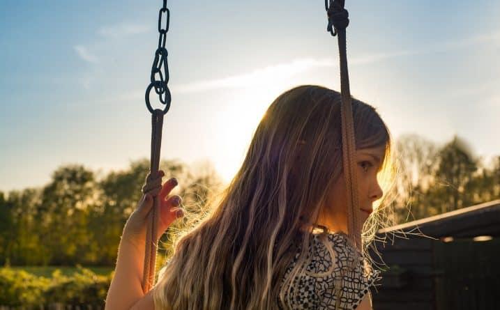 Общество: Дети в раннем и подростковом возрасте наиболее подвержены психическим расстройствам