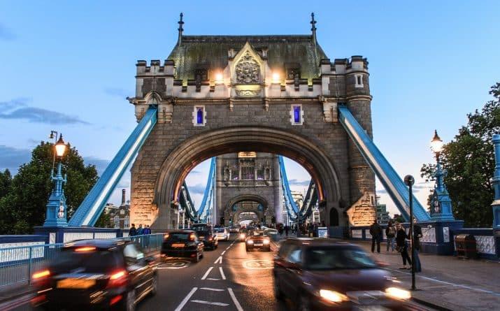 Общество: Лондон сохраняет статус самого популярного города среди британцев