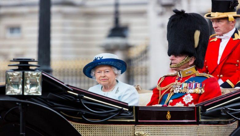 Общество: На нужды королевы потратят дополнительные 6 миллионов из бюджета