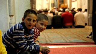 Полиция бьет тревогу из-за роста преступлений против мусульман