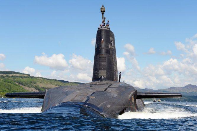 Технологии: Хакеры могут взломать систему управления британскими субмаринами