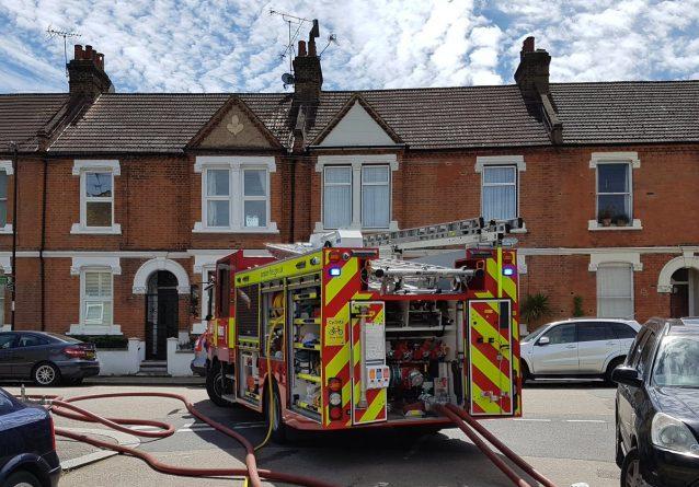 Происшествия: В Лондоне вновь бушует пламя